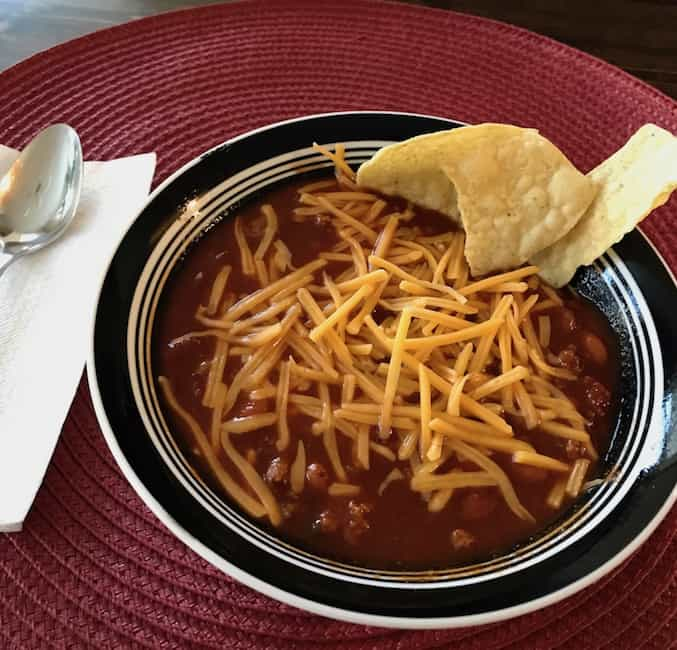 Chili with cheese and chips