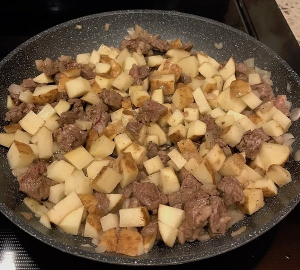 Finished beef hash