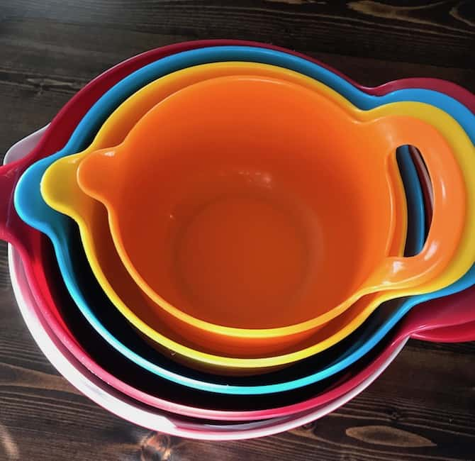 Nesting mixing bowls in a variety of colors.