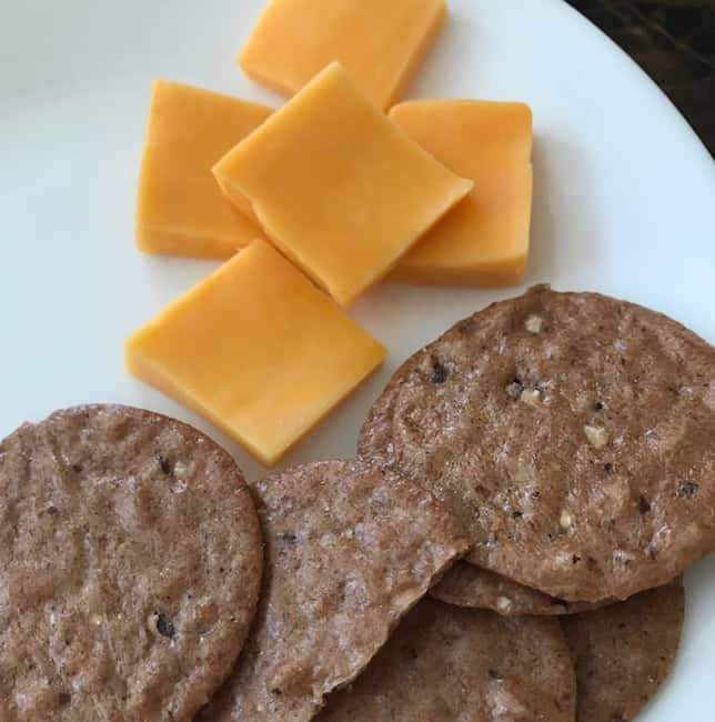 Cheese and crackers - school lunchbox ideas