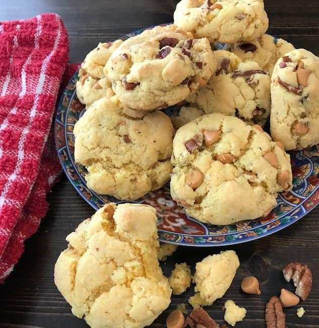 Plate filled with butterscotch pecan cookies