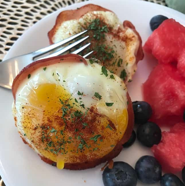 Ham and Egg Muffin Cups with a side of fruit