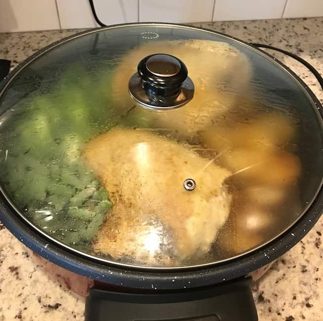 Covered one-pan chicken dinner