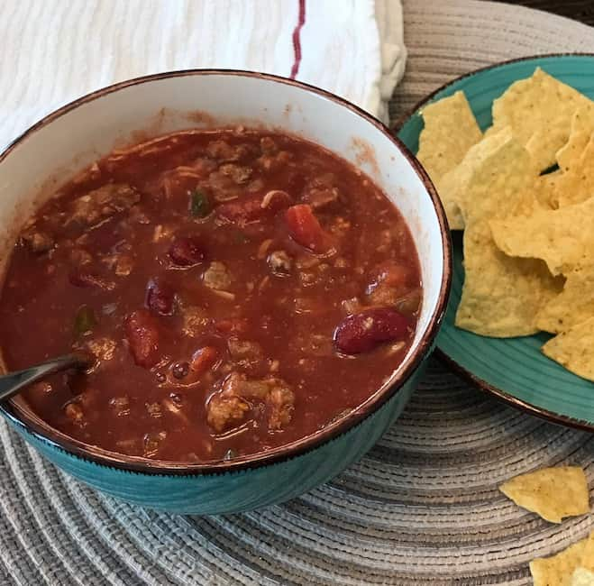 Chili and corn chips