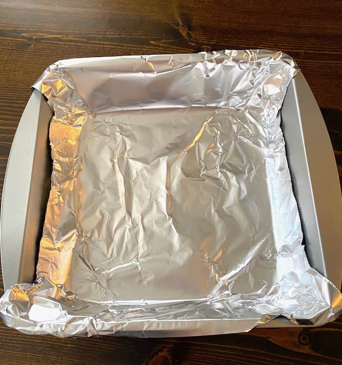 Pan lined with aluminum foil