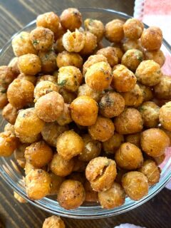 bowl of air fryer chickpeas