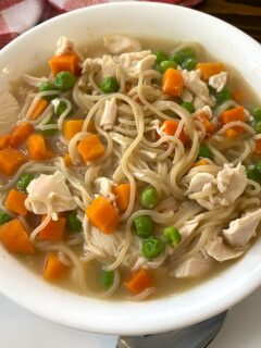 bowl of chicken ramen with vegetables