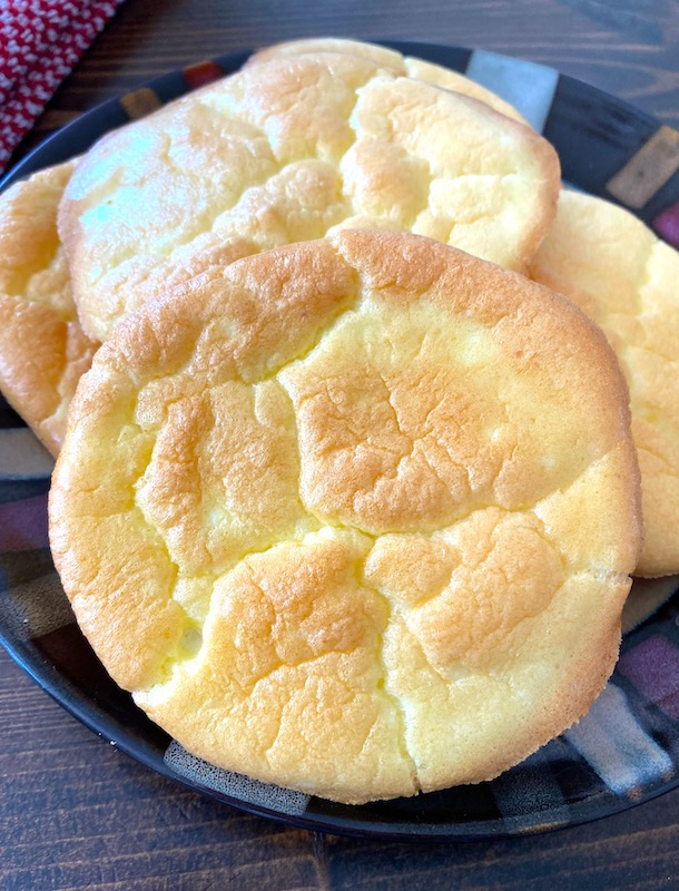 plate of cloud bread