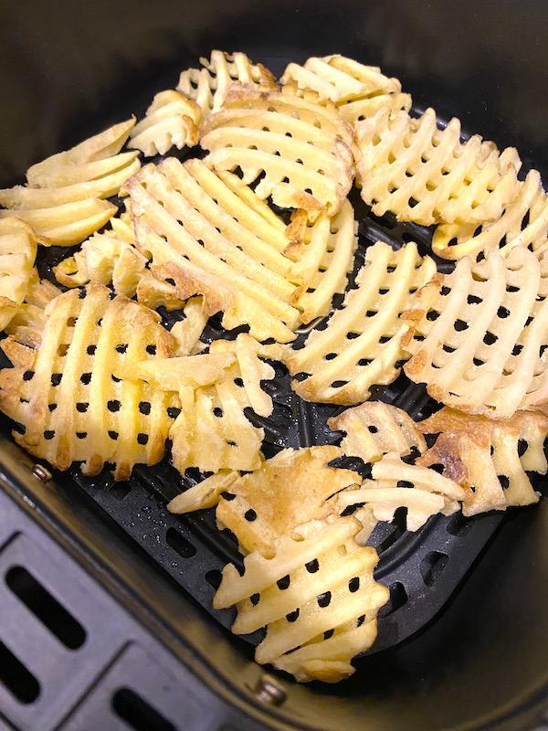 frozen waffle fries in the air fryer basket