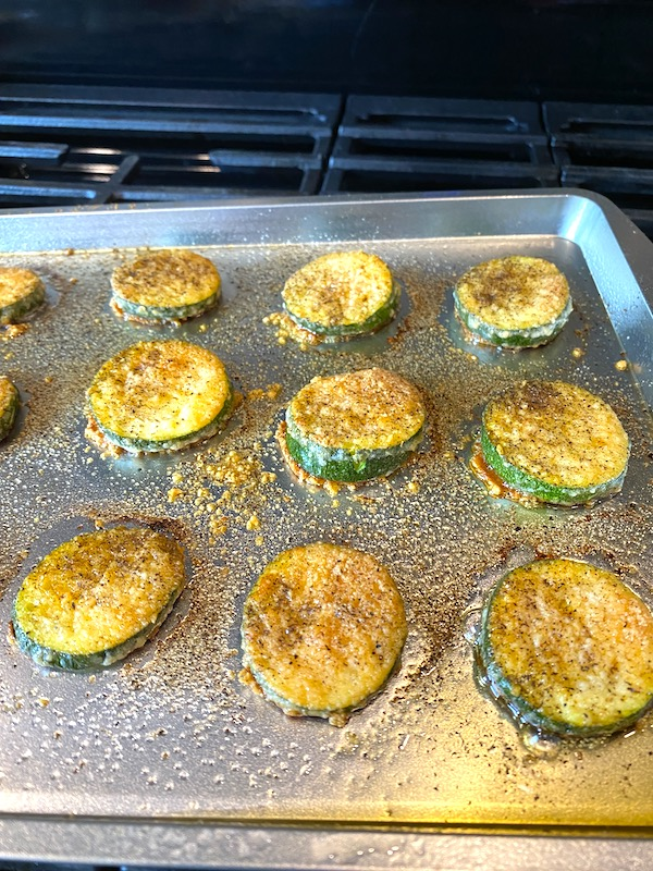 cooked zucchini parmesan chips